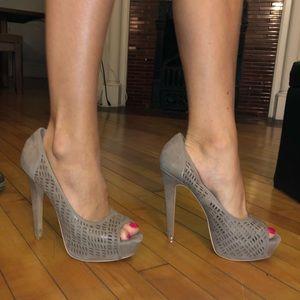 Used tan heels